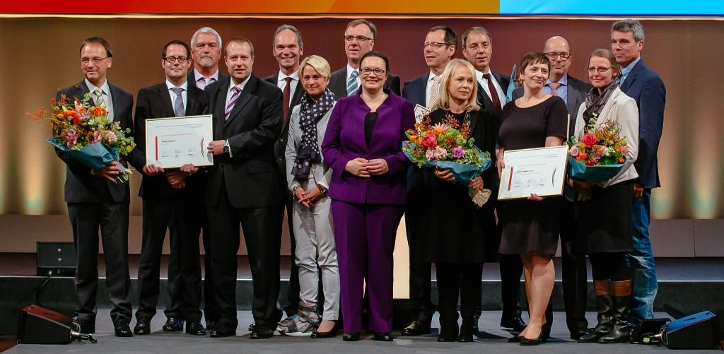 """Verleihung vom Arbeitsschutzpreis am 27.10.2015 auf der Messe """" A + A"""" in Duesseldorf . Foto: Oliver Killig"""